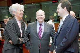 La Unión Europea admite que habrá una «reestructuración suave» de la deuda griega