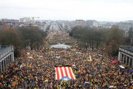 La Junta Electoral propone multar a TV3 y Catalunya Ràdio por cubrir la manifestación de Bruselas
