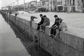 La vida cotidiana de Ibiza en 1960 condensada en 381 negativos