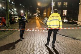 Al menos un muerto y dos heridos en un tiroteo en el centro de Amsterdam