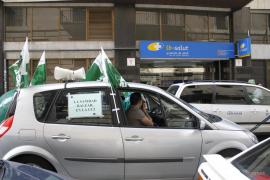Los enfermeros colapsan las Avingudes con su protesta laboral