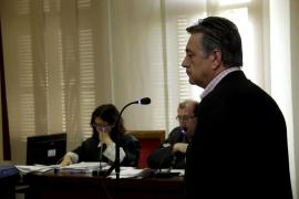 La secretaria municipal reconoce presiones de Hidalgo para cerrar el parking de Alemany