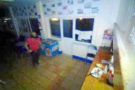 Fuerzan la puerta del bar del campo de fútbol de Andratx y se llevan 200 euros