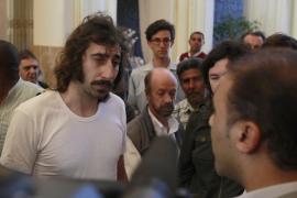 El fotógrafo Manu Bravo ha sido liberado junto a otros tres periodistas