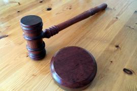 Condena de cárcel para la mujer que hizo creer a su abuelo que sufría un tumor cerebral
