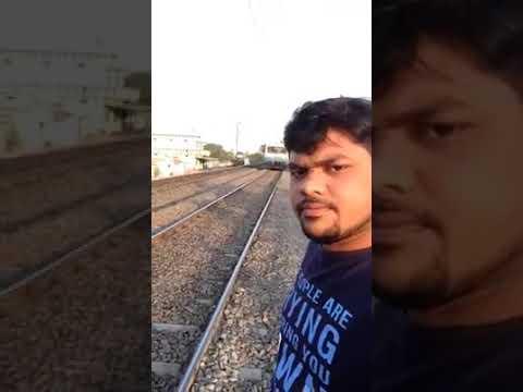 Sufre el brutal impacto de un tren mientras se realizaba un 'selfie'