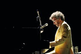 La fusión de sonidos del mundo de Fito Páez suena en el Auditòrium
