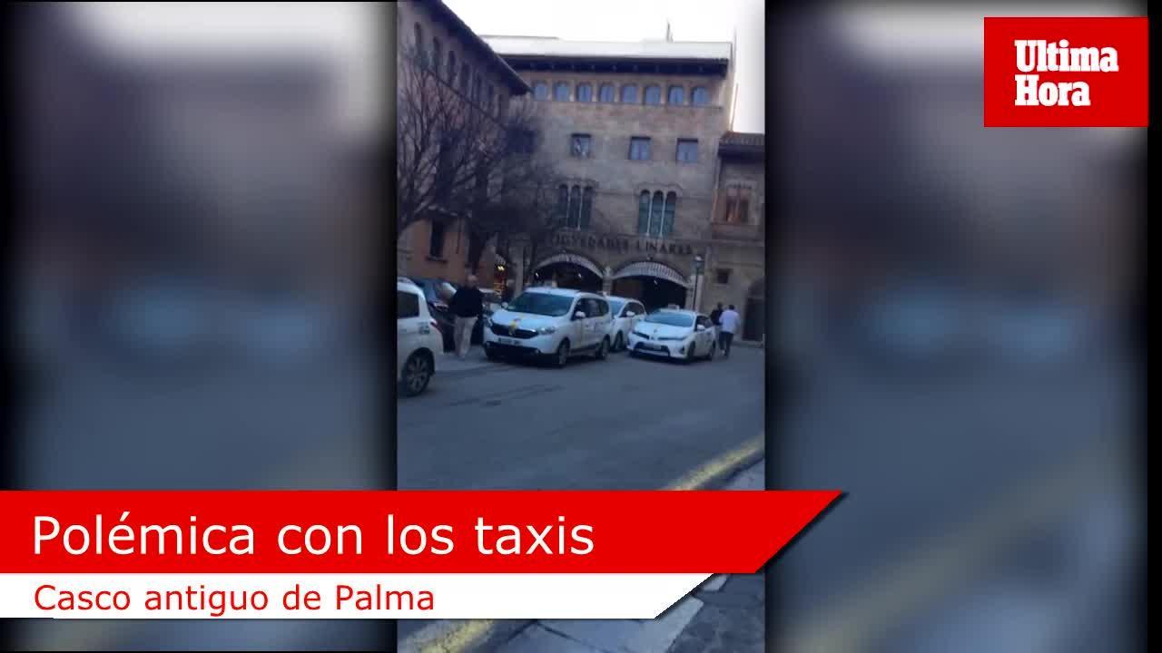 Los vecinos de la Seu denuncian que los taxis aparcan en la zona