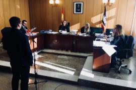 El fiscal mantiene la petición de pena para el acusado de agredir a un testigo protegido