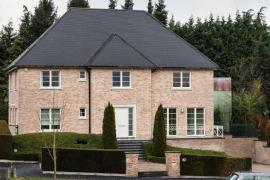 Puigdemont alquila una mansión en Waterloo con un valor mensual de 4.400 euros