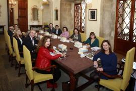 El ejecutivo aporta casi 10.000 euros al programa de realojo e integración social de la población de Son Banya