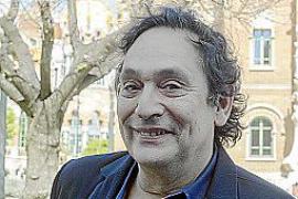 Agustí Villaronga, nominado a un Goya a mejor guion adaptado por Incerta glòria,