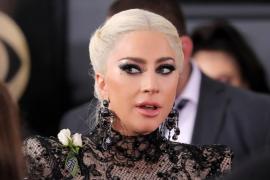Lady Gaga suspende los últimos diez conciertos de su gira europea por fuertes dolores