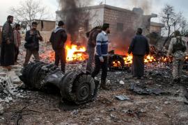 Los rebeldes sirios abaten un avión ruso y matan al piloto