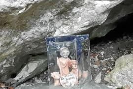 Homenajean al ermitaño muerto en Valldemossa con un belén donde cayó