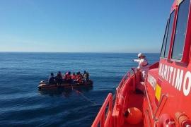 Rescatados 20 de cadáveres de migrantes cerca de Melilla