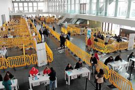 Poca participación y recelo hacia la clase política en el referéndum ecuatoriano