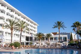 Más de cien hoteles reciben ofertas de compra de fondos de inversión
