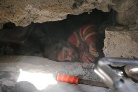 Al menos 15 muertos y 60 heridos por los bombardeos cerca de Damasco