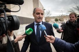 Camps solo tiene «conciencia de haber hecho algo extraordinario para Valencia»