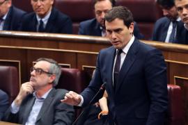 Rivera dice que es Rajoy quien se equivoca de rival y le pide menos nervios