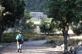 Casas de Binifaldó, refugios en el paraje natural de la Serra de Tramuntana