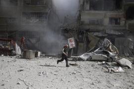 Mueren unos 100 milicianos leales a Damasco tras repeler la coalición un ataque contra las FDS