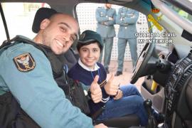 Un Guardia Civil salva la vida de un niño de 10 años que sufría un shock anafiláctico en Inca
