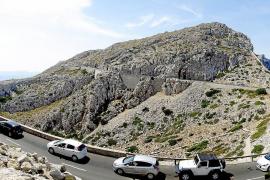 El Govern descarta por ahora limitar el acceso de vehículos en Mallorca