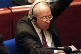 Muere Carlos Robles Piquer, primer ministro de Educación de la democracia
