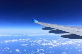 Los socialistas piden a Fomento que aclare su postura sobre el descuento aéreo del 75%