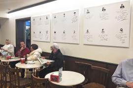 El Bar Bosch decora sus paredes con las dedicatorias de personas famosas