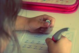 Condenado un padre por llamar «julandrón» a su hijo por no atinar con los deberes