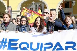Polémica porque Pastor encabezó la protesta del CNP y de la Guardia Civil