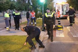 Un motorista de 41 años muere al chocar contra un bordillo en Palma