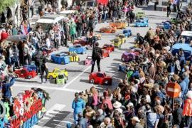Los 'Transformers' de s'Olivera conquistan el carnaval de Ibiza