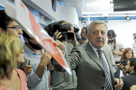 Varios dirigentes del PSOE quieren a Rubalcaba como único candidato