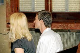 El médico acusado de degollar a su novio en Palmanova dice que la víctima se suicidó