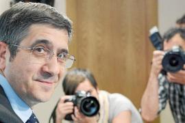 Patxi López pide un congreso urgente para sustituir a Zapatero