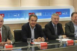 Zapatero propone a los 'barones' que Rubalcaba sea el candidato en 2012