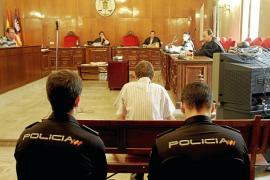 El jurado afirma que el médico húngaro degolló a su novio en Palmanova