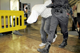 Los búlgaros detenidos por el crimen de Son Canals guardan silencio y van a la cárcel