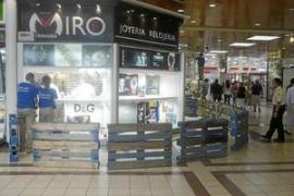 Dos detenidos por el robo millonario en una joyería de un gran centro comercial de Marratxí