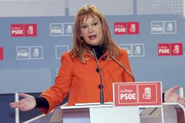 El PSOE pide al PP que si no ayuda a superar la crisis, al menos «no estorbe»