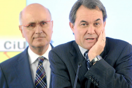El Gobierno espera llegar hasta 2012 con el apoyo de CiU y PNV