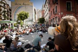 'Indignados' de toda España debaten en Madrid el futuro del 15-M