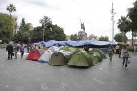 La acampada de Palma continuará, pero reducida a servicios «mínimos»