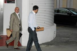 El Mallorca negocia la venta de Castro y Ramis al Valencia y el trasvase de varios futbolistas