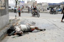 Crecen los enfrentamientos en Yemen ante las dudas sobre el regreso de Saleh