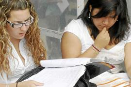 Comienzan las pruebas de selectividad universitaria con 443 alumnos más que en 2010